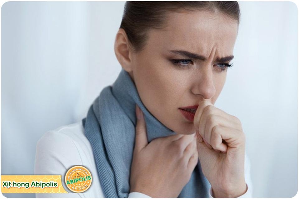 Thường bị đau rát họng vào mùa đông, vì sao?