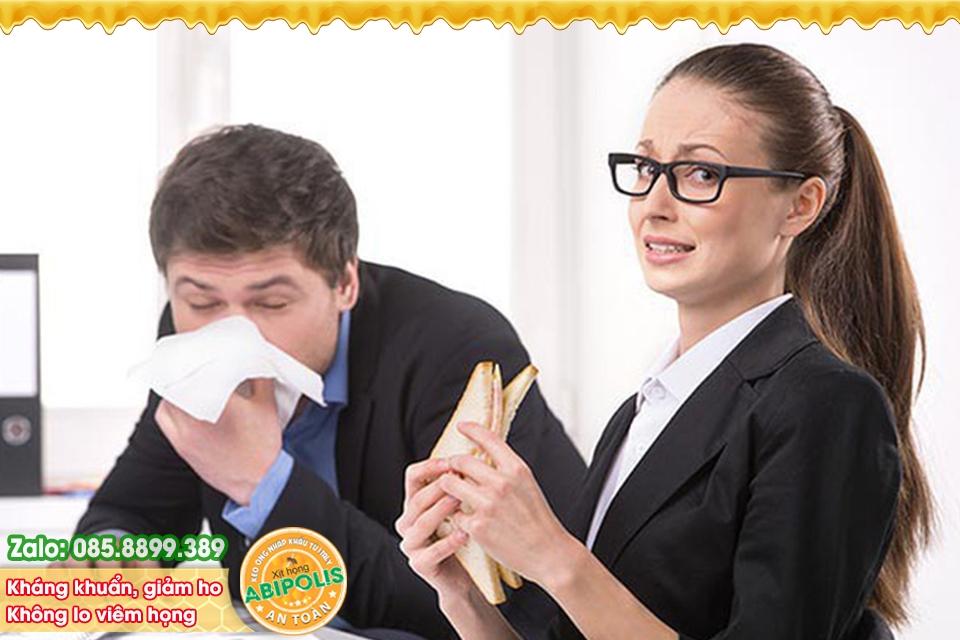 Viêm họng có lây không? Làm thế nào để phòng và trị viêm họng