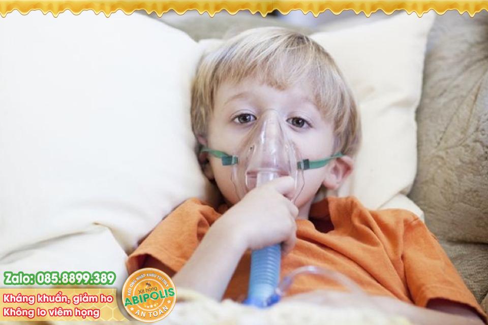 Dùng thuốc điều trị nhiễm khuẩn hô hấp cấp ở trẻ dưới 5 tuổi