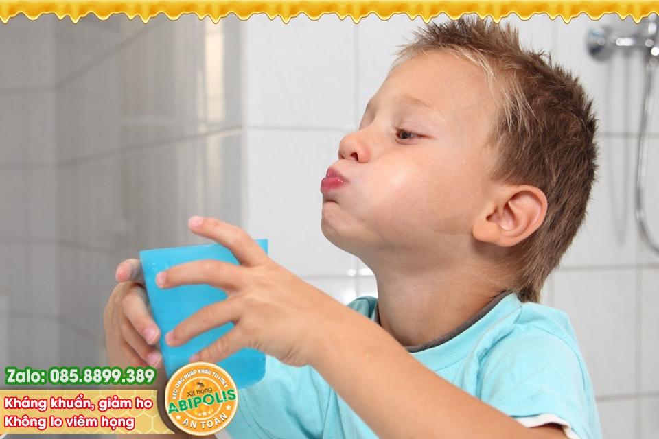 Kiểm soát viêm hô hấp, tầm quan trọng việc vệ sinh cho trẻ