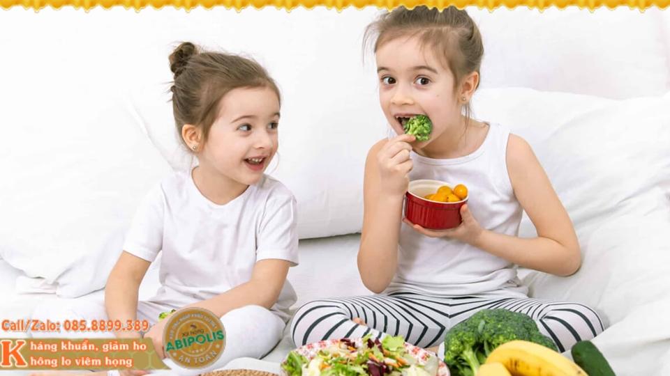 Viêm hô hấp cấp ở trẻ em, nhận biết triệu chứng và cách chăm sóc