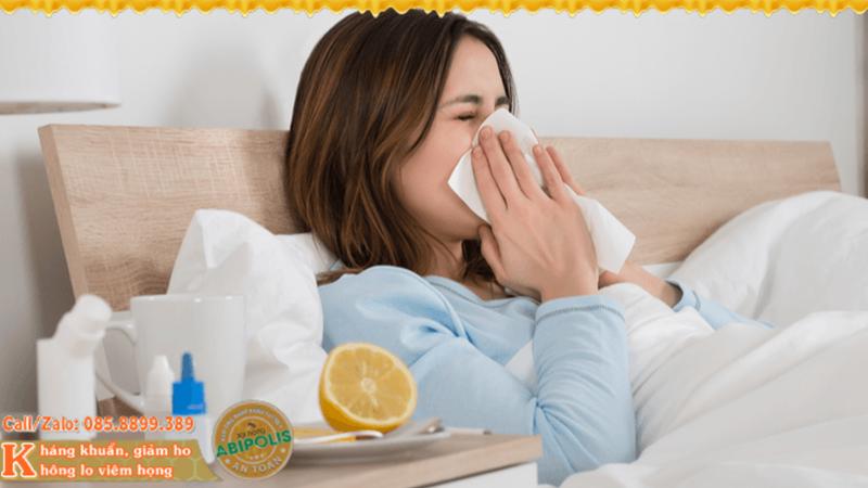 Hắt hơi liên tục, có phải bạn sắp bị ốm?