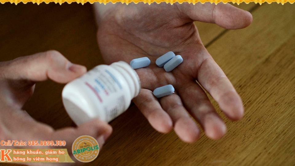 Cảnh báo HIV- Ho khan là dấu hiệu ban đầu cần chú ý